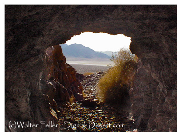 Photo of the Old Dominion copper and gold mine in the Mojave Desert